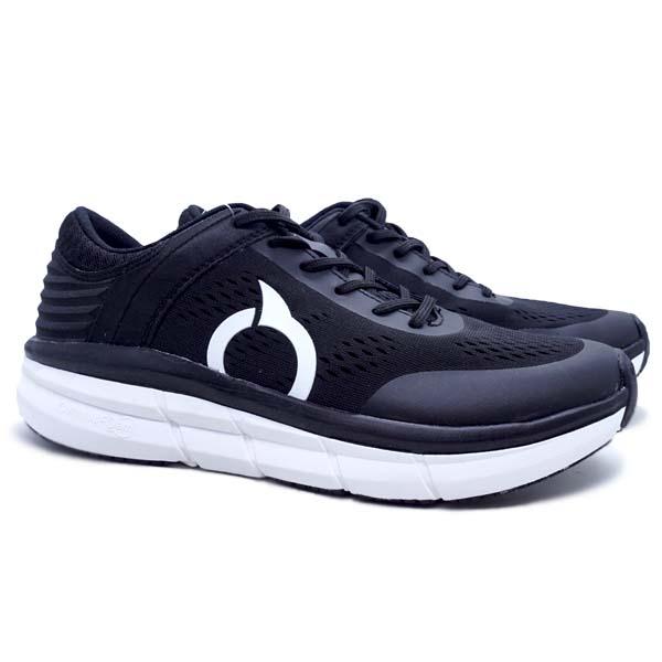 Sepatu Running Ortuseight Hyperglide - Black/White